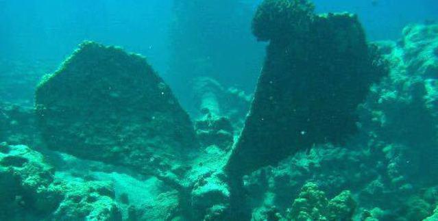 Diving in United States, Hawaii Big Island - By Amanda Burns
